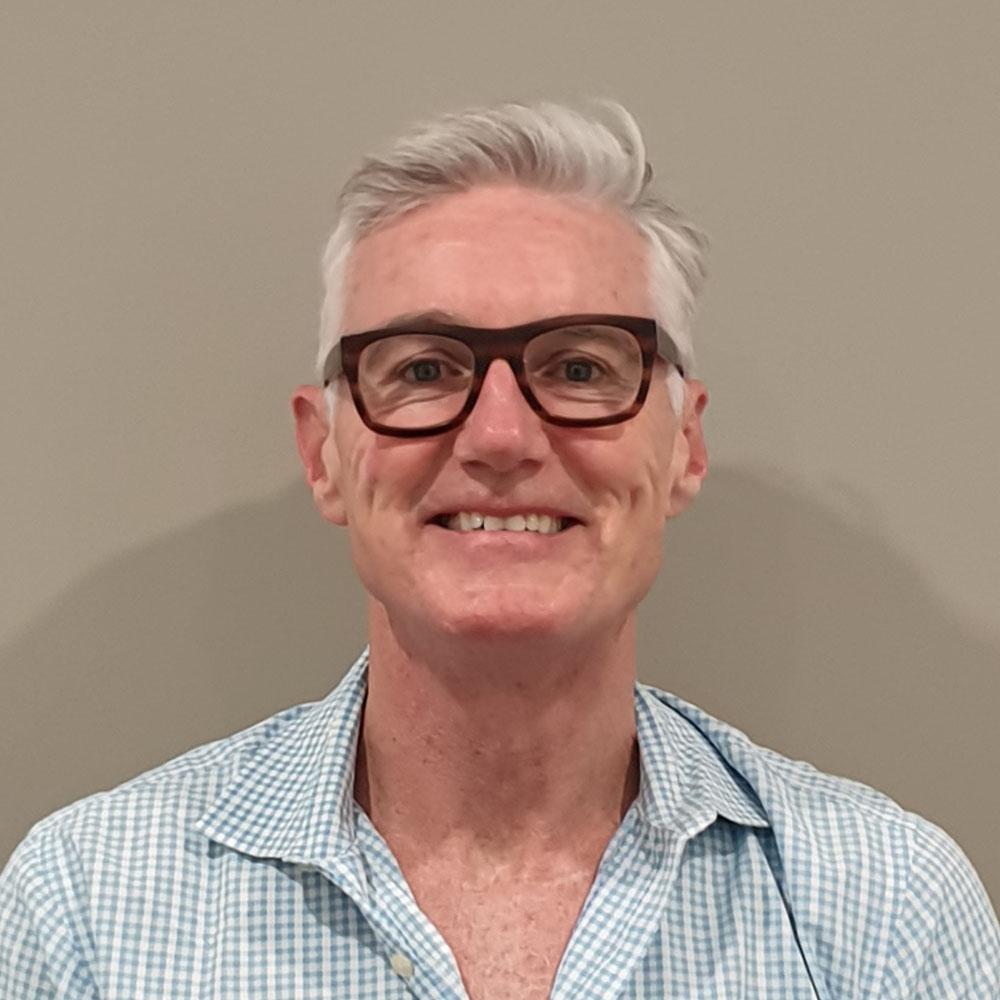 Dr Alistair Kyle